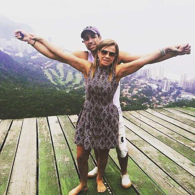 Zilu Camargo com o namorado, Marcos Alucio (Foto: Instagram/ Reprodução)