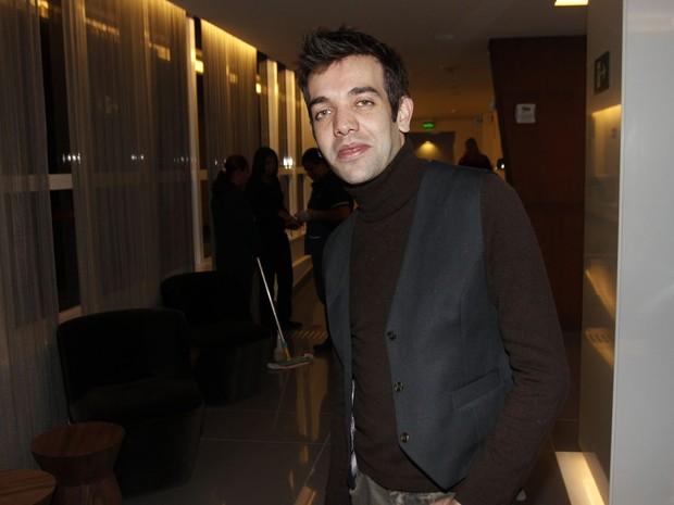 Sander, ex-integrante do grupo do Twister, em show em São Paulo (Foto: Celso Tavares/ EGO)