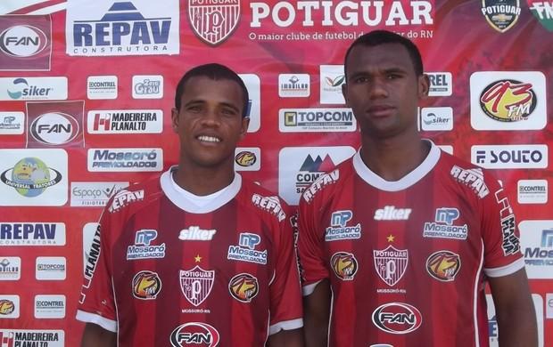 Paulinho e Chiquinho, novos reforços do Potiguar de Mossoró (Foto: Marcelo Diaz/Divulgação)