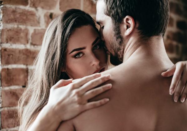 Sexo real: nas redes sociais, casais compartilham vídeos das próprias relações sexuais (Foto: Thinkstock)