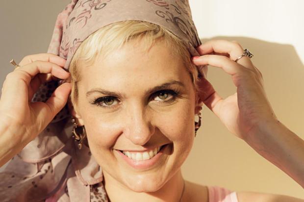 Flávia Flores foi diagnosticada com câncer de mama em 2012 (Foto: Divulgação)