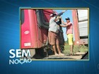 Motorista transporta passageiros em carroceria de caminhão em Palmas