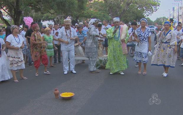 Caminhada Zumbi dos Palmares em Macapá. (Foto: Reprodução/TV Amapá)