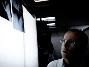 O médico Marcelo de Rezende trabalha no Hospital das Clínicas (Foto: Caio Kenji/G1)