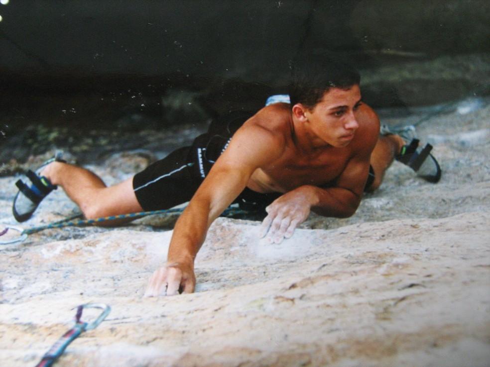 Diogo era atleta profissional de escalada antes do acidente (Foto: Arquivo pessoal)