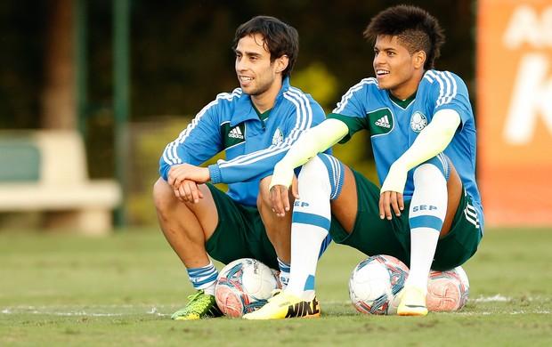 Valdivia e Leandro palmeiras treino (Foto: Piervi Fonseca / Ag. Estado)
