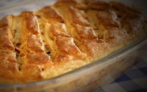 Torta de peru com alho-poró para fazer com as sobras da ceia de Natal