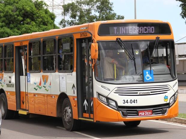 Frota de ônibus reserva nos terminais de integração será liberada durante eleições em São Luís (Foto: Douglas Jr./O Estado)