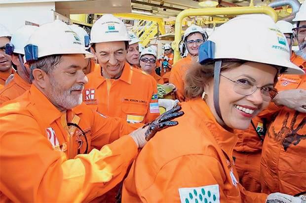 NOS TEMPOS DO UFANISMO Lula, Dilma e o então ministro Edison Lobão, na primeira extração de óleo do pré-sal, em 2009. O modelo defendido por eles se mostrou inadequado  (Foto: Ricardo Stuckert/PR)