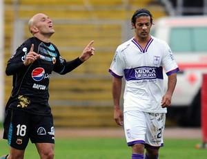 Maximiliano Bevacqua gol Deportivo Quito (Foto: AFP)