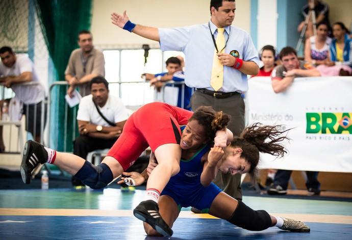 Susana Santos luta olímpica (Foto: Divulgação/CBLA)