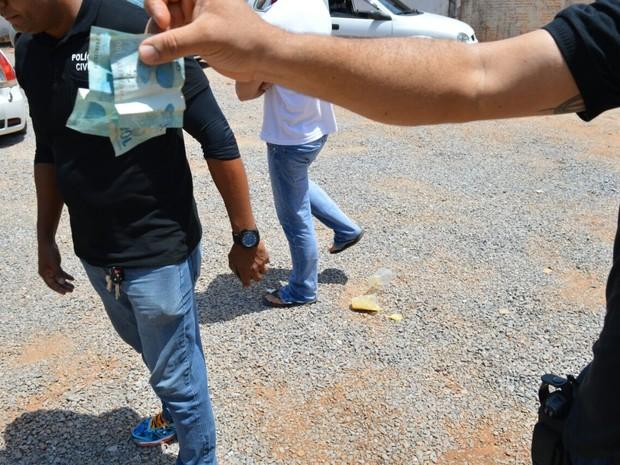 Candidato a vereador em Luís Eduardo Magalhães foi preso por compra de votos (Foto: Divulgação/Polícia Civil)