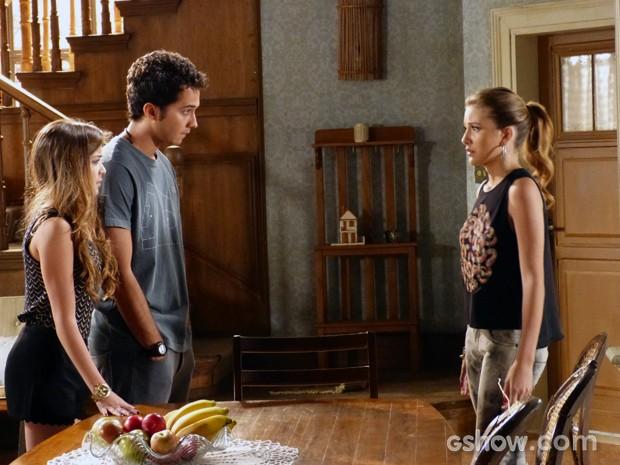 Sofia decide ajuda a encontrar provas que coloquem Caetano na cadeia  (Foto: Malhação / TV Globo)