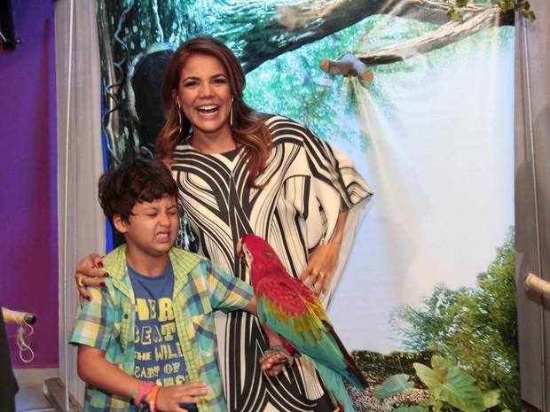 Nívea Stelmann com o filho, Miguel, na festa dele no Rio (Foto: Isac Luz/ EGO)
