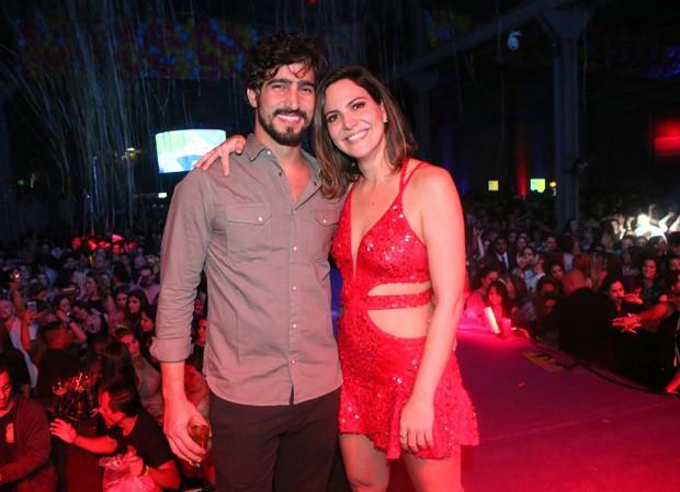 Renato Goes e Carol Sampaio (Foto: Reginaldo Teixeira/CS Eventos Divulgação)
