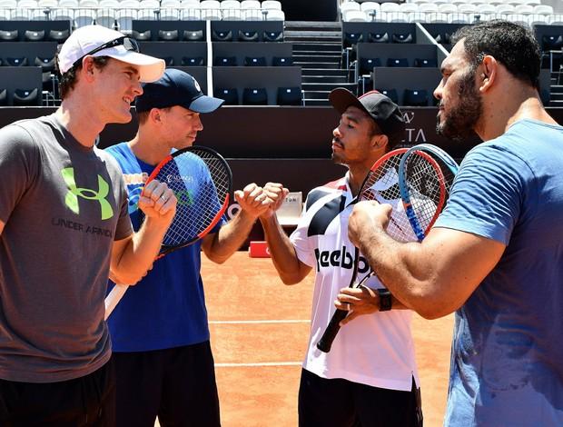 BLOG: Fognini, Murray e Soares batem bola com estrelas do MMA, José Aldo e Minotouro