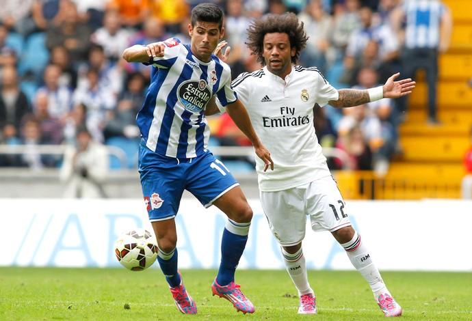 Juanfran e Marcelo, La coruña X Real Madrid (Foto: Agência Reuters)