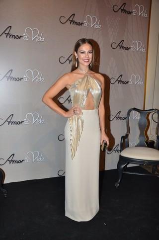Paola Oliveira, a estrela de 'Amor à Vida' (Foto: Caio Duran e Leo franco / Agnews)