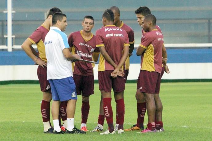Marcelo Cabo, treino do Macaé (Foto: Tiago Ferreira / Macaé Esporte)