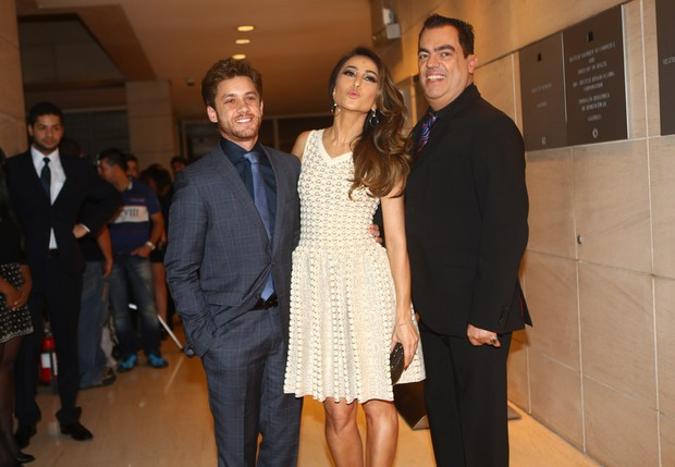 Leonardo Miggiorin, Sabrina Sato e Marco Antonio de Biaggi (Foto: Iwi Onodera/EGO)