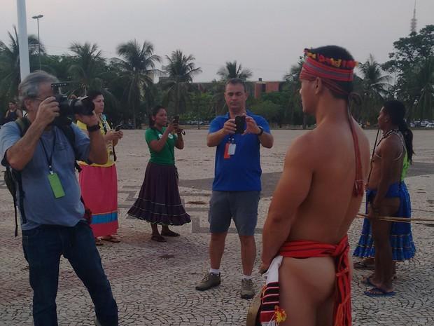 Balabad chamou atenção dem quem compareceu a Praça dos Girassóis (Foto: Gabriela Lago/G1)