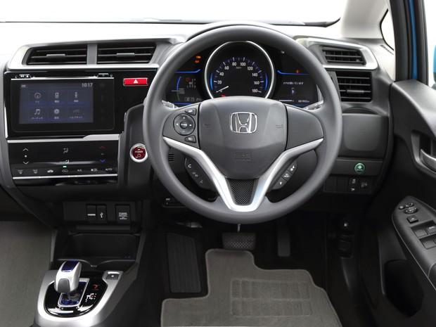 Interior da nova geração do Honda New Fit tem acabamento superior (Foto: Divulgação)