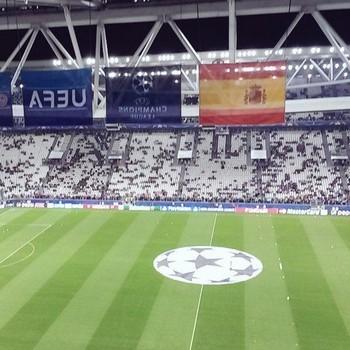 a457eac290 Juve supera Barça como dono do ingresso mais caro da Champions