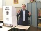 Governador do RS vota pela manhã em Caxias do Sul, na Serra