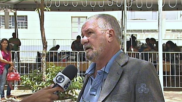 Professor da UNB fala ao Acre TV (Foto: Acre TV)