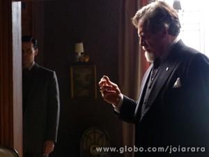 Ernest fica arrasado ao filho romper com ele (Foto: Joia Rara/ TV Globo)