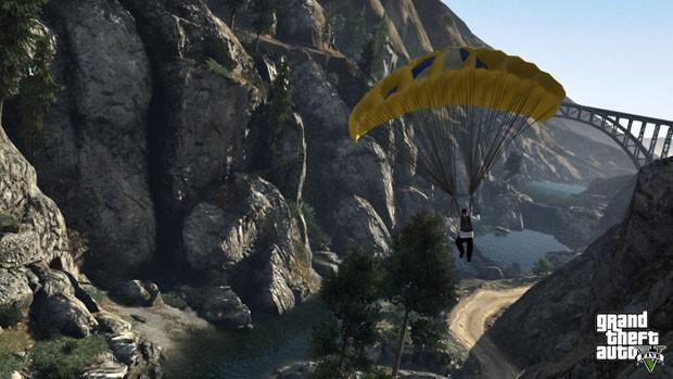 A Rockstar mostrou como será o salto de paraquedas, que pode aparecer em missões ou ser usado em momentos de lazer de 'GTA V' (Foto: Divulgação)
