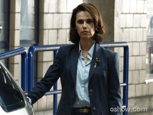 Sandra já teve um caso amoroso com Jonas, antes de ele ir para a Califórnia (Foto: Geração Brasil/TV Globo)