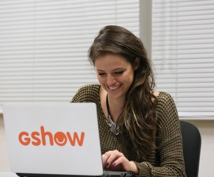 Agatha Moreira se divertiu com a galera das redes sociais (Foto: Isabella Pinheiro / Gshow)