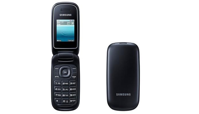 Celular Samsung E-1270 oferece tela colorida e Rádio FM (Foto: Divulgação/Samsung)