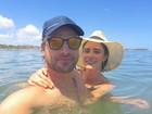Fernanda Vasconcellos e Cássio Reis curtem fim de ano em Pernambuco
