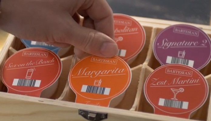 Máquina usa cápsulas para fazer bebidas (Foto: Reprodução/Kickstarter)