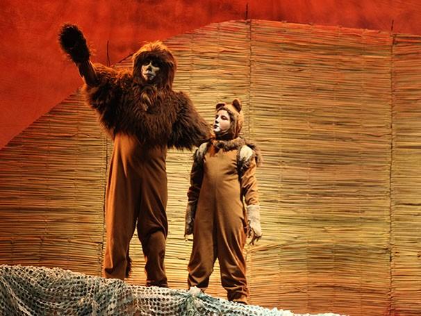 Infância de simba é transformada pelas artimanhas de seu maldoso tio Scar (Foto: Divulgação)
