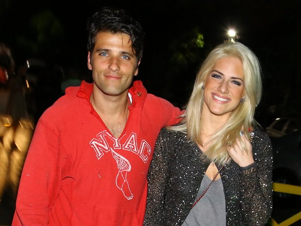 Bruno Gagliasso e Giovanna Ewbank em festa no Rio (Foto: Marcello Sá Barreto/ Ag. News)