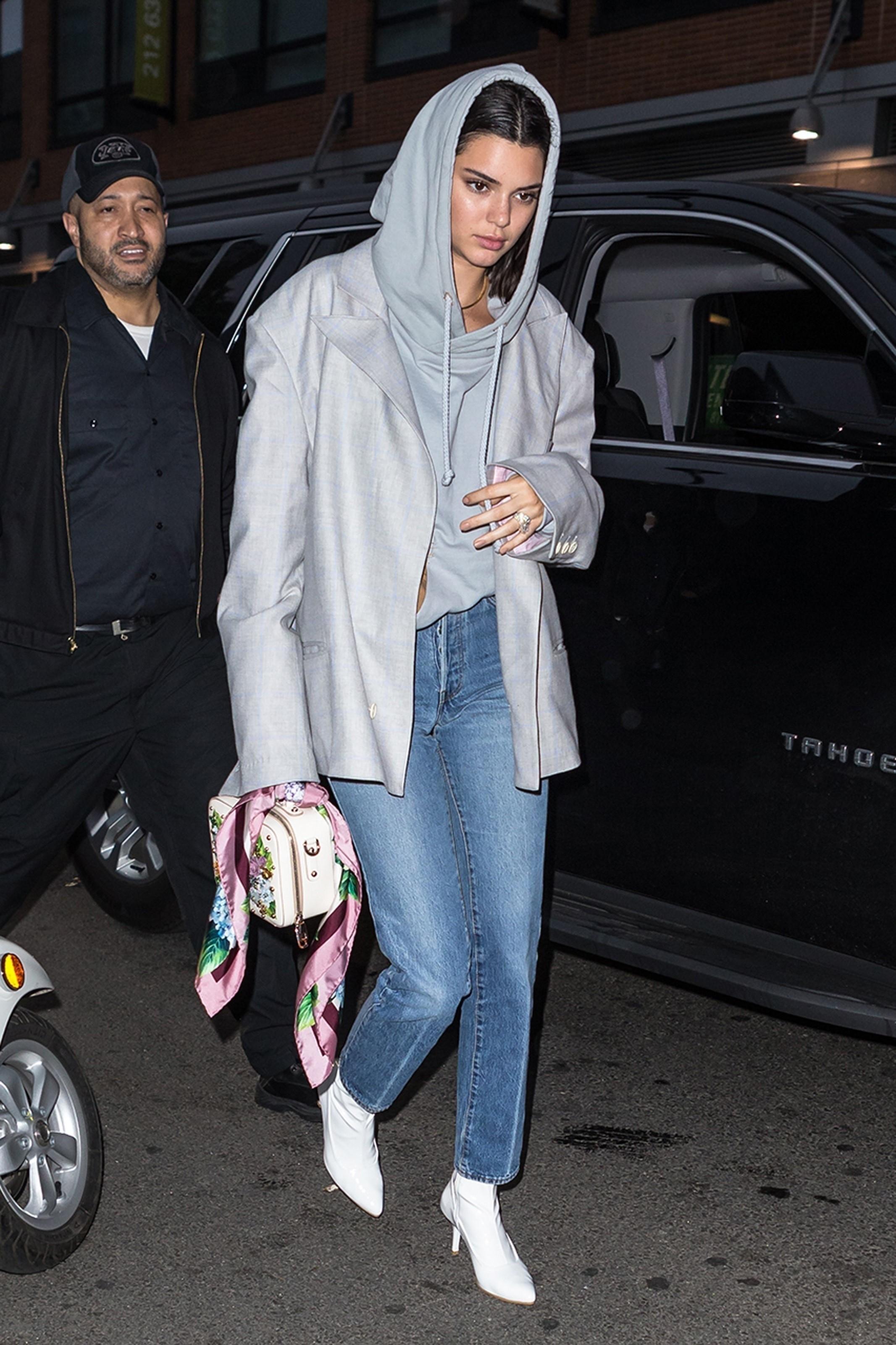 Kendall Jenner é flagrada com anel suspeito em noite com A$AP Rocky (Foto: AKM-GSI )