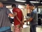 Jovem preso por roubar telefone no Rio tem 20 passagens pela polícia