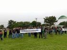 Funcionários do Detran-MS entram em greve e fazem manifestação