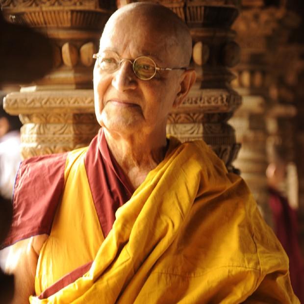 Como o monge Ananda Rinpoche em 'Joia Rara' (Globo, 2014) (Foto: Divulgação/TV Globo)