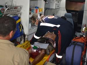 Coronel da Polícia Militar foi baleado com, pelo menos, três tiros em Lucena  (Foto: Walter Paparazzo/G1)