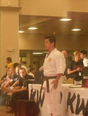 Carateca paraense Hugo Yamaguchi e no Campeonato Mundial de Karatê, em Orlando, nos Estados Unidos (Foto: Hugo Yamaguchi/Arquivo Pessoal)