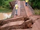 Com chuvas, 20 pontes de madeira são levadas pela água em Juína (MT)