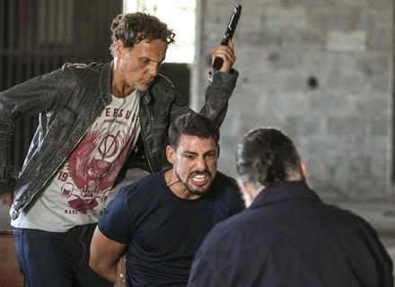 Zé Maria manda apagar Juliano e arma prisão do filho