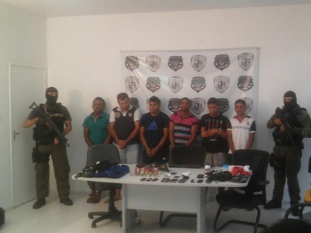 Presos suspeitos de envolvimento a assalto a bancos em Igarapé Grande, MA (Foto: Divulgação/Polícia)