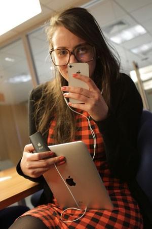 Paula Minozzo, de 24 anos, acredita que Steve Jobs 'workaholic' deixou tudo planejado para os próximos anos. (Foto: Arquivo Pessoal)