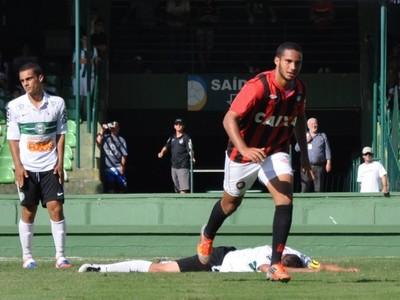 Guilherme Schettine Atlético-PR (Foto: Divulgação/ Site oficial Atlético-PR)