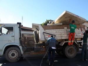 Serviço de recolhimento de objetos Itaúna (Foto: divulgação /ASCOM Prefeitura de Itaúna.)
